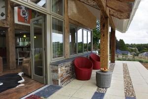 lowen-patio-web