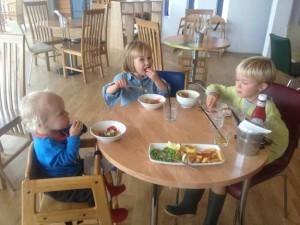 kids-lunch-300x225