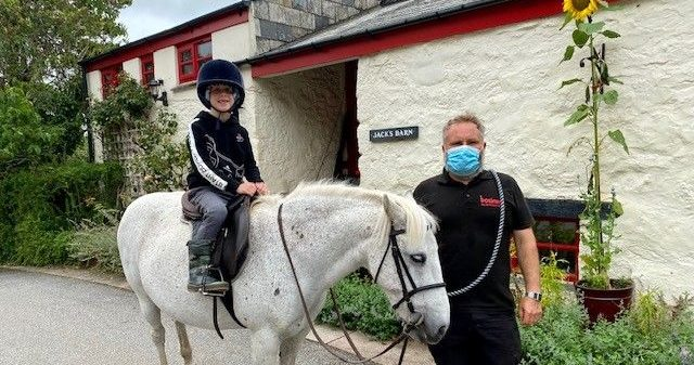 Safe pony rides at Bosinver